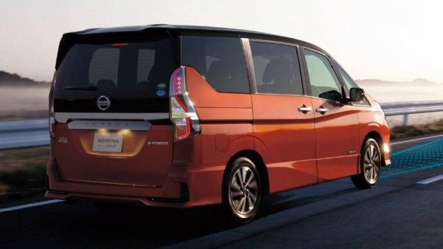 Nissan Mulai Mengungkap Tampilan Terbaru Serena 2020   (120137)