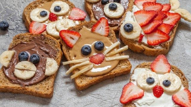 roti buah serba hewan.jpg