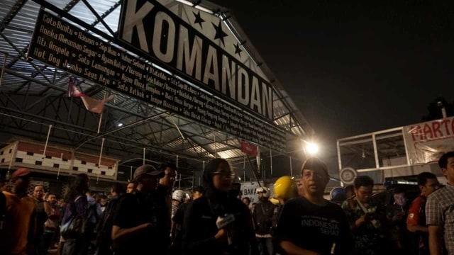 Foto: Kondisi Pascarusuh di Komandan Cafe, Tebet  (852264)