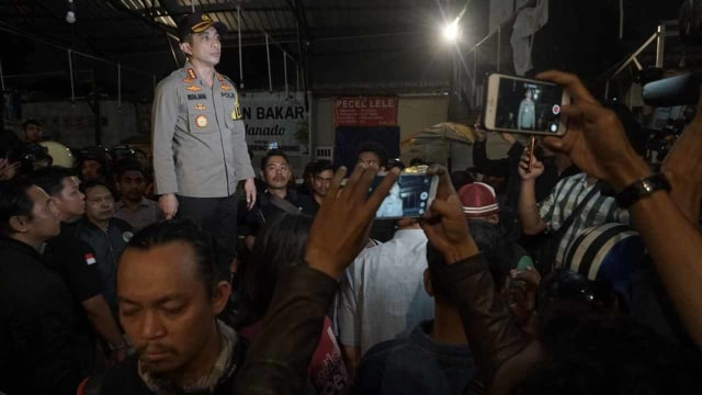 Foto: Kondisi Pascarusuh di Komandan Cafe, Tebet  (852265)