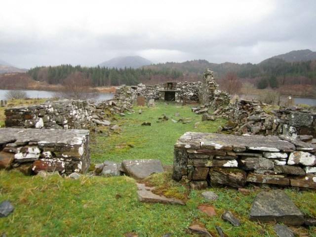 Lonceng 'Terkutuk' dari Reruntuhan Gereja di Skotlandia Raib Dicuri    (220694)