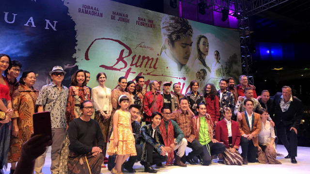 Gala Premiere 'Bumi Manusia' dan 'Perburuan' Bertabur Bintang