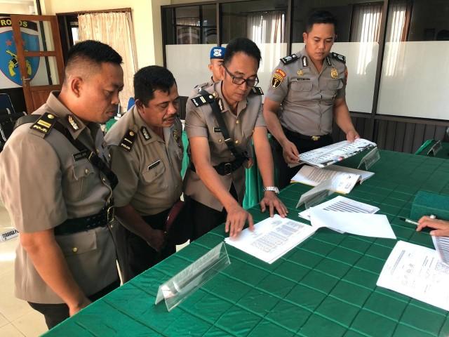 Image result for Perwira Polisi ini Dipecat Karena Bolos 62 Hari!