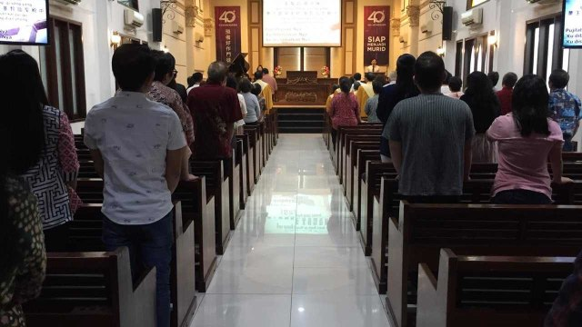 Kebaktian di Gereja Kristen Indonesia Jatinegara, Minggu
