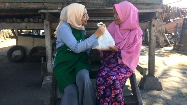 Pengalaman Berharga Chiki Fawzi Berkurban di Pelosok Indonesia  (82417)