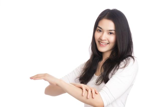 Ketahui 4 Manfaat Menangis untuk Kesehatan & Kecantikan Kulit (252334)