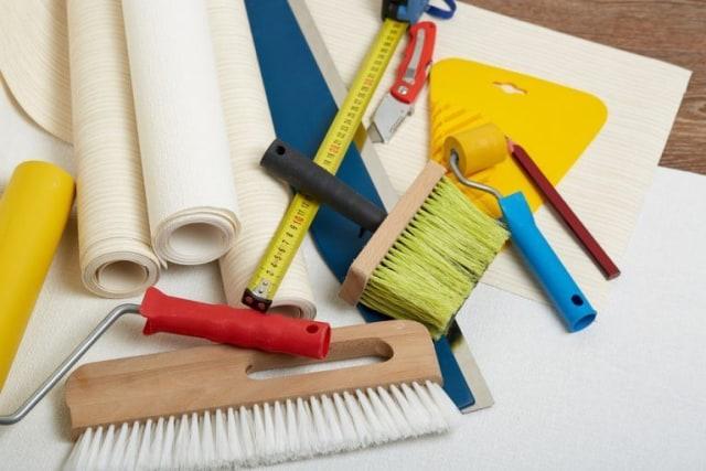 alat untuk memulai cara memasang wallpaper dinding