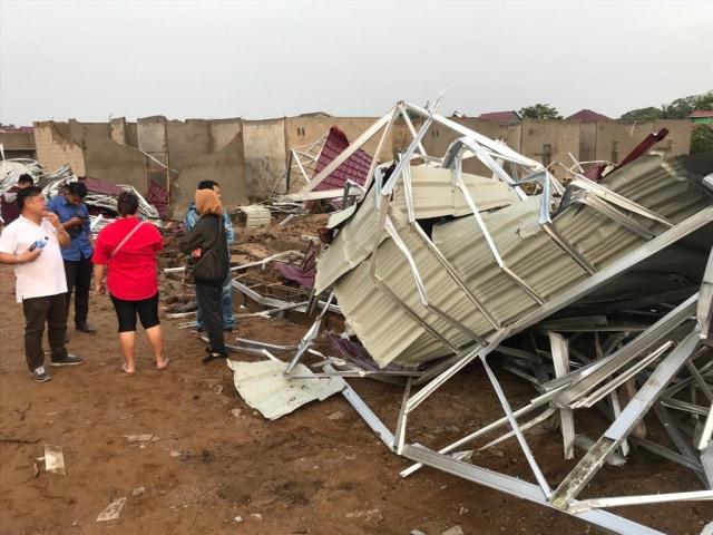 Lebih dari 40 Rumah di Kalbar Rusak Diterjang Angin Kencang (213045)