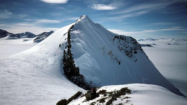 Salju di Antartika Terdeteksi Mengandung Debu Radioaktif Luar Angkasa  (773730)
