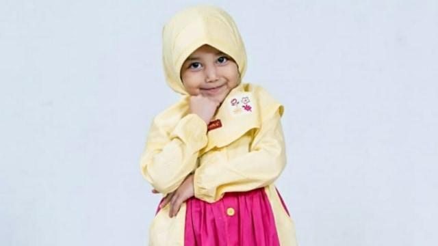7 Potret Aminah Assegaf, Adik Alwi Assegaf yang Gemesin (348881)