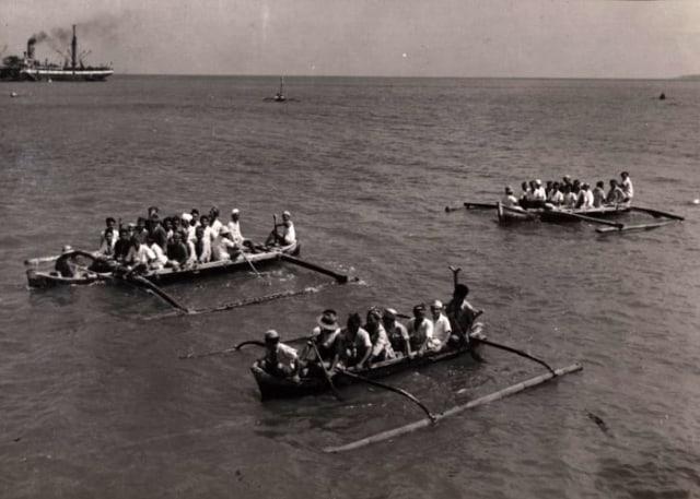 Lipsus, Menggapai Makkah di Zaman Perang, Rombongan haji tiba di Tanjung Priok