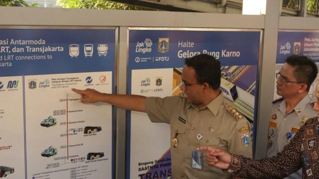 Berkolaborasi lewat Papan Informasi Transportasi Publik Jakarta (1239453)