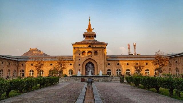 Masjid Jamia di Srinagar, Kashmir
