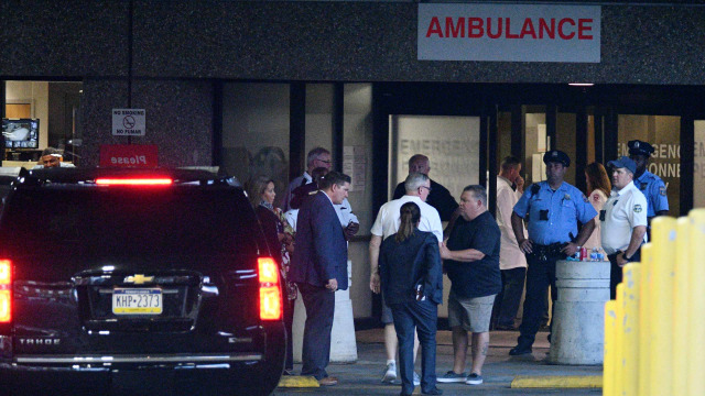 Baku Tembak di Philadelphia, 2 Polisi Masih Disandera  (11297)