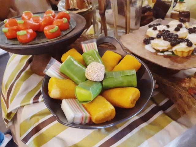 5 Makanan Tradisional Khas Indonesia yang Terbuat dari Ketan, Kenyal dan Pulen! (240234)