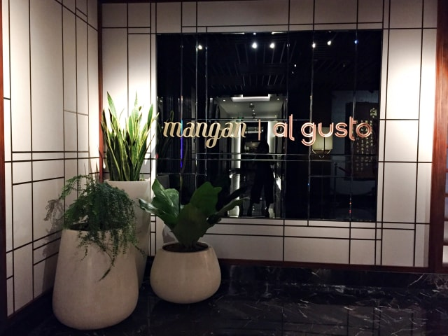 Restoran Mangan di JHL Solitaire Gading Serpong