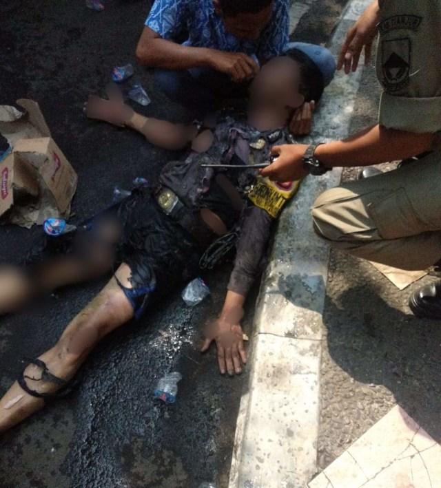 Kondisi anggota polisi di Cianjur yang terbakar saat kawal demo mahasiswa (NOT COVER)