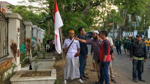 Penghuni Asrama Papua Ralat Keterangan Insiden Tiang Bendera Patah (87680)