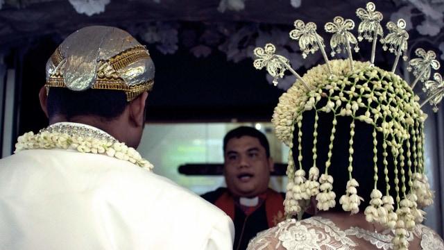 Hitungan Weton Jawa Untuk Pernikahan Agar Akad Nikah Lancar (82614)