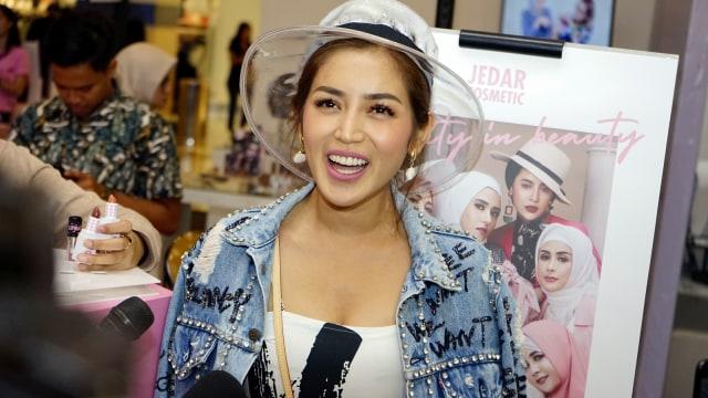 Selain Takikardia, Jessica Iskandar Juga Idap Graves Disease Autoimmune (43385)