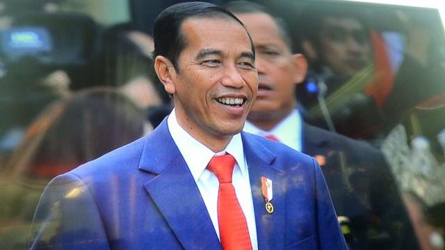Presiden Joko Widodo, Upacara Penurunan Bendera