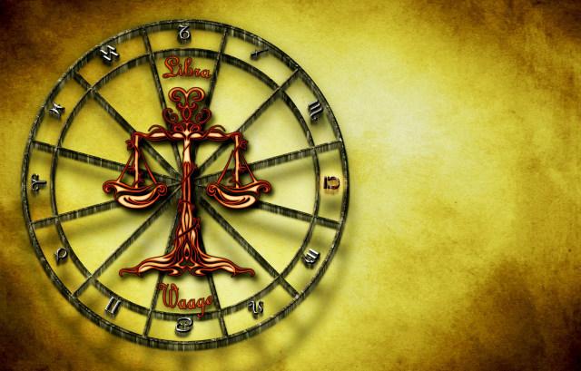 Memaknai Hubungan dengan Pasangan Berdasarkan Zodiak (1232972)