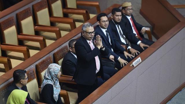 LIPUTAN KHUSUS, Komisi Penyiaran Indonesia, Calon anggota Komisi Penyiaran Indonesia (KPI) Pusat periode 2019-2022 mengikuti Rapat Paripurna DPR