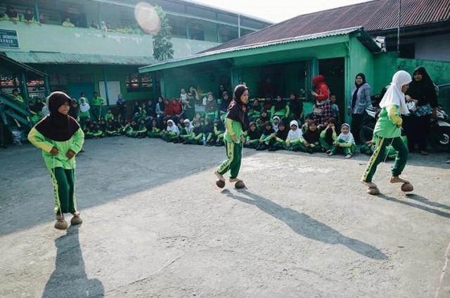Belajar Sambil Bermain Bersama Kampoeng Hompimpa Pontianak  (278380)
