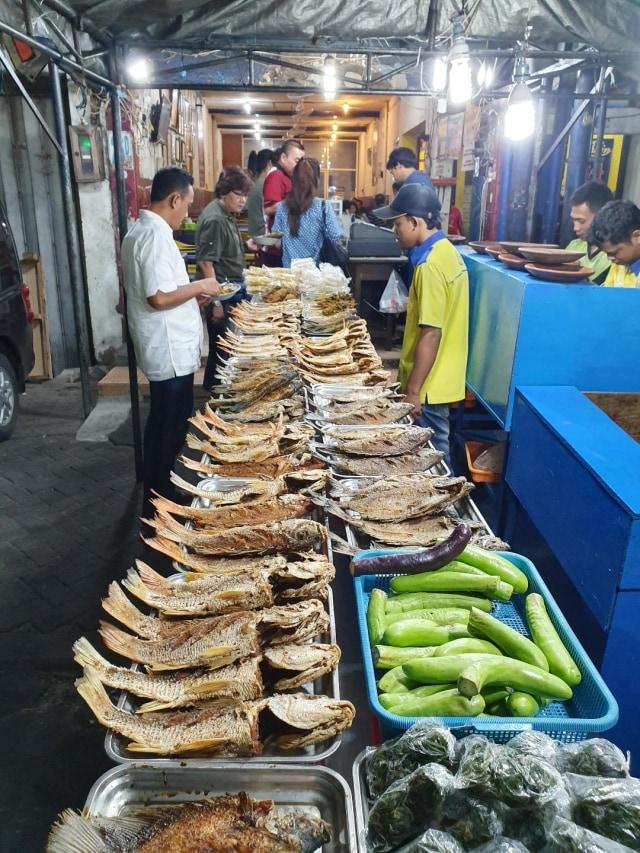 5 Rekomendasi Kuliner Di Surabaya Yang Buka Malam Hari Hingga 24 Jam Kumparan Com