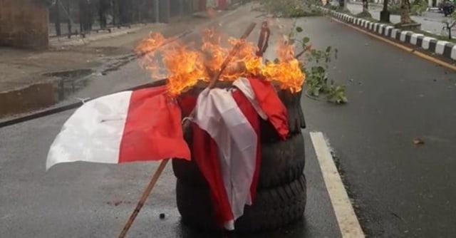 gambar bendera.jpg