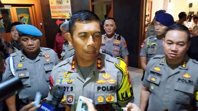 Kecelakaan Maut di Tol Cipularang Diduga karena Truk Terguling (749890)
