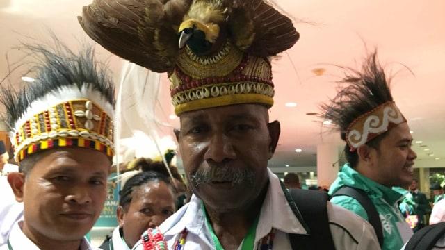 """Jokowi Tinggalkan Muktamar, Kader PKB Teriakkan """"Papua Jokowi"""" (335785)"""