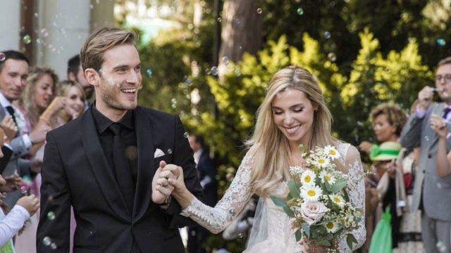 PewDiePie Akhirnya Menikahi Pacarnya Setelah 8 Tahun Bersama (8529)