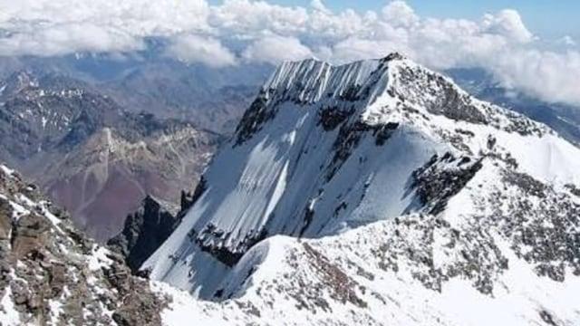 Akibat Perubahan Iklim, Es Abadi di Puncak Jaya Papua