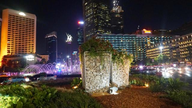 Akankah Nasib Prasasti Sepeda di Jakarta Seperti Getih Getah dan Batu Gabion? (4011)