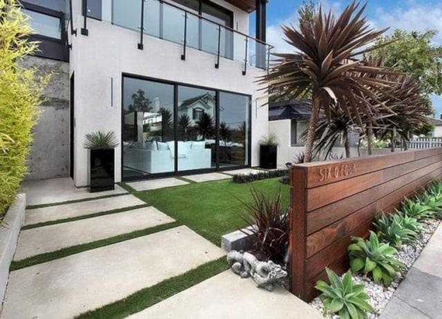 taman depan rumah sederhana modern minimalis