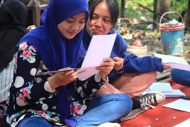 Book Binding, Buku Saku Jahitan Karya Mahasiswa Pecinta Seni UM (49956)