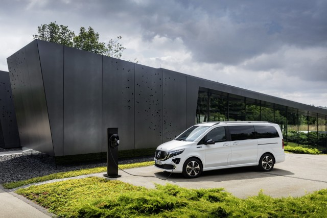 Bocoran 3 Mobil Listrik Mercedes-Benz yang Meluncur ke Indonesia Tahun 2021  (235010)