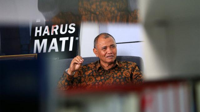 4 Kontroversi Arteria Dahlan: Prof Emil Sesat hingga Kemenag Bangsat (728084)