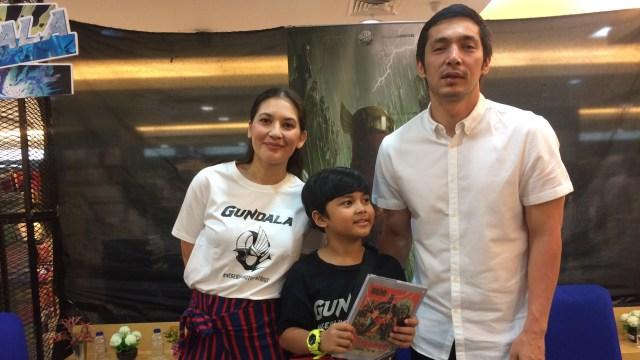 Gundala, Hanna Al Rashid, Muzakki, Abimana Aryasatya saat ditemui di Gramedia Cibinong City Mall