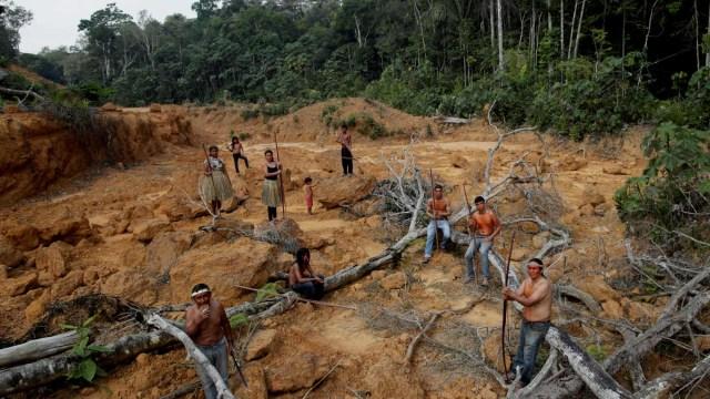 Suku Mura, Brasil, Amazon,