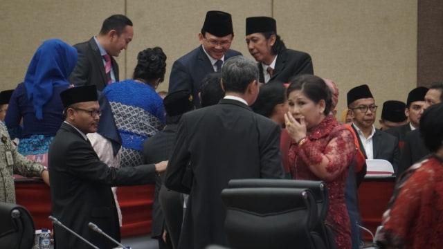 Sutiyoso dan Djarot Juga Hadiri Pelantikan Anggota DPRD DKI 2019-2024 (17004)