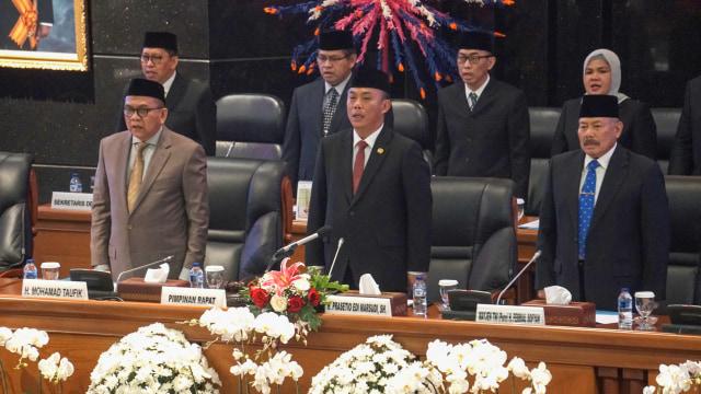 DPRD DKI Jakarta di periode yang baru resmi dilantik untuk ikut mengusur DKI Jakarta pada periode 2019-2024. Dalam pelantikan ini, juga disebut pimpinan sementara untuk DPRD DKI.