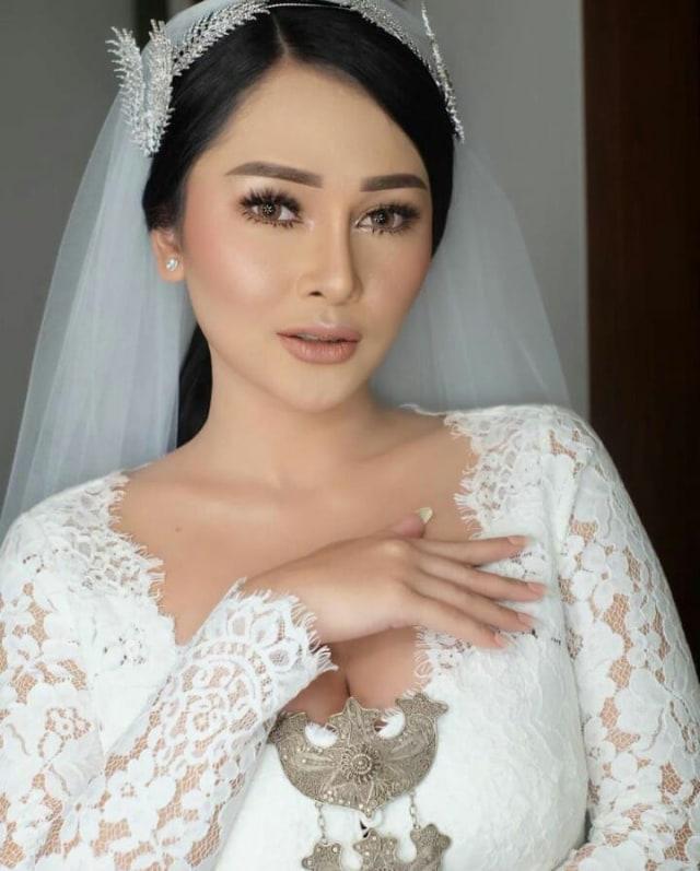 Ini 5 Momen Pernikahan Glenn Fredly dan Mutia Ayu (125154)
