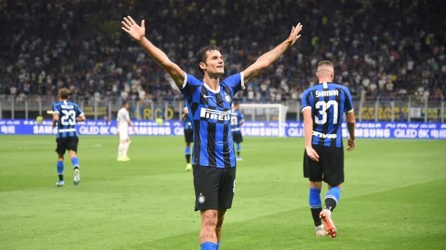 Sinar Terang Candreva dalam Kemenangan Inter atas Lecce (181945)