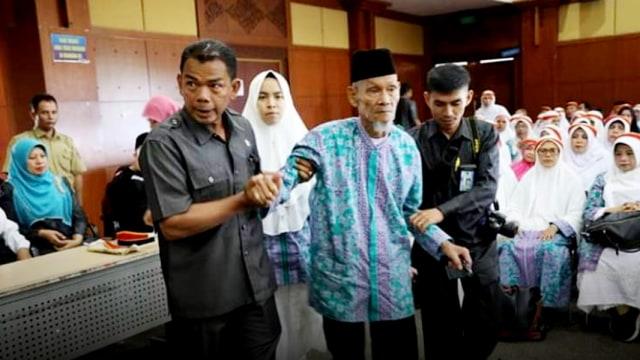 Jemaah Haji Tertua Bukittingi.jpg