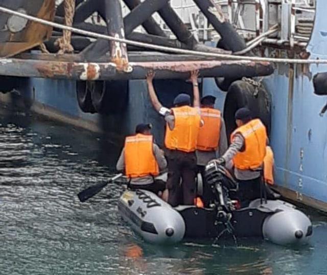Misteri Kematian Sekuriti PT SMS yang Tewas Tenggelam di Bawah Tugboat (20129)