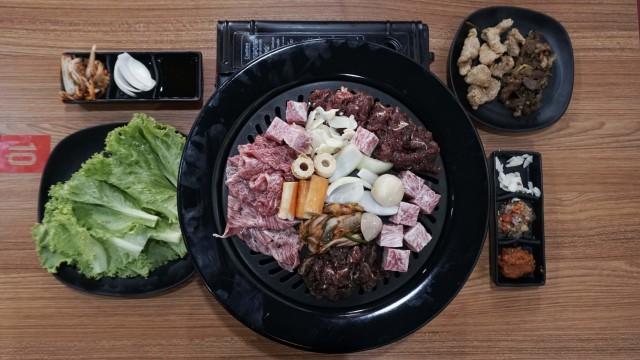 Beda Daging All You Can Eat Harga Premium dan Rp 99 Ribuan (119876)