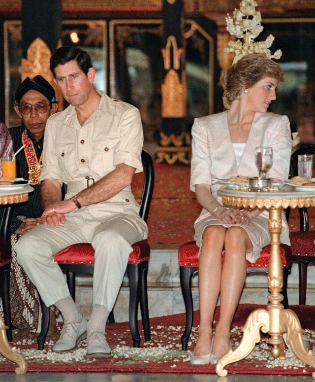 Terungkap, Putri Diana Pernah Disarankan Pakai Wig Agar Mirip dengan Camilla (131806)