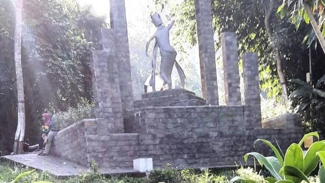 Image result for Alas Gumitir
